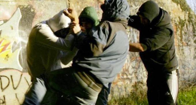 Bullismo Ancona, botte e minacce di morte a 8 ragazzini. Arresti