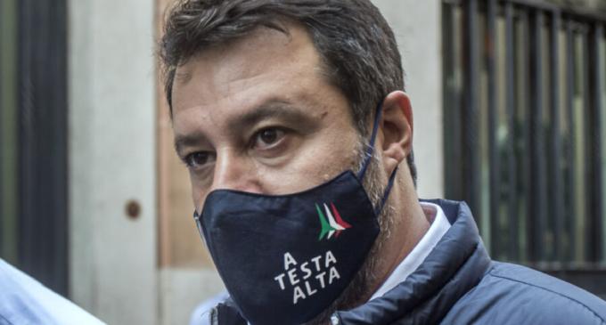 Tre deputati di Forza Italia passano con la Lega, ….