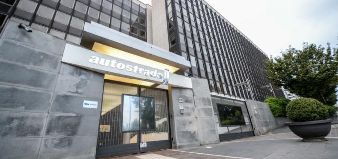 Autostrade accetta le richieste del Governo, previste 2.400 assunzioni