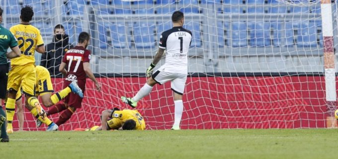 Roma-Parma 3-0: super Mkhitaryan e Mayoral, i giallorossi vedono la vetta