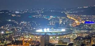 Morto Maradona: Napoli piange il suo Dio